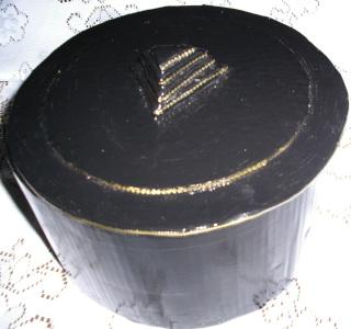 boites faites en carton ondulé (peintes ou serviettées) Boite_24