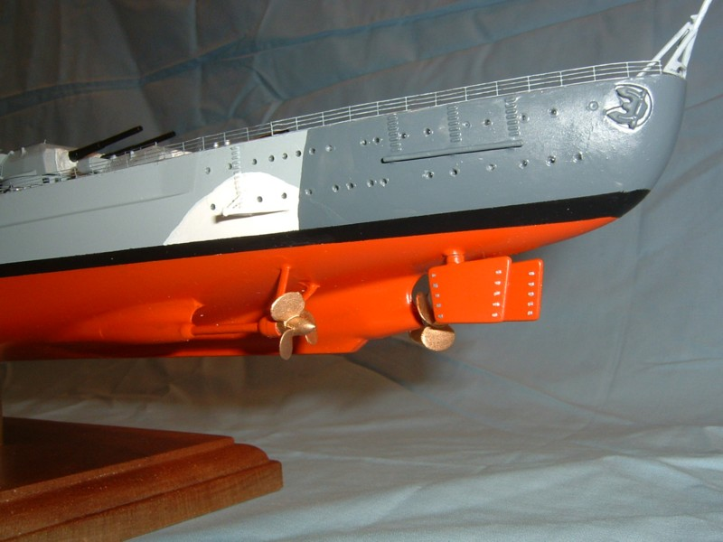 Bismarck (Tamiya + PE Eduard 1/350°) par fab-reims Bis35030