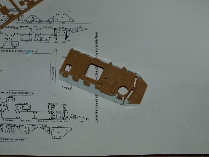 VAB T20-13 [HELLER+AZIMUT] 1/72. Fin, le 22/11/2010. - Page 3 P1016618