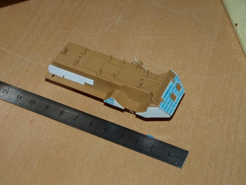 VAB T20-13 [HELLER+AZIMUT] 1/72. Fin, le 22/11/2010. - Page 3 P1016619