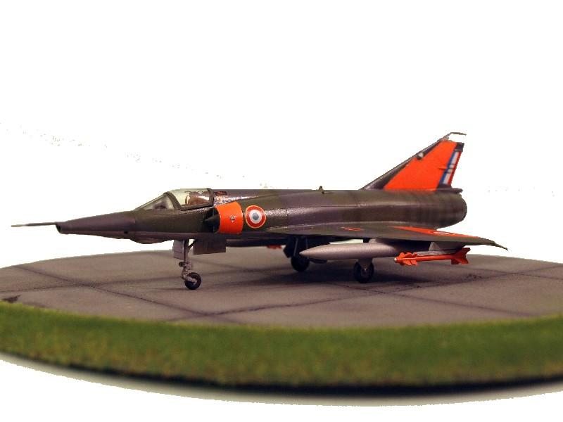 Mirage III-RD du CEV [Heller] P1017512
