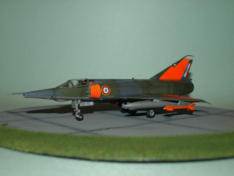 Mirage III-RD du CEV [Heller] P1017516
