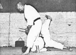 Ostuka Hironori : Fondateur du Wado Ryu (Karaté) Images44