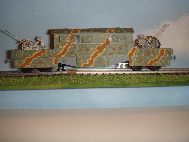 Plateforme ferroviaire allemande équipée de 2 Flak Vierling 20 mm - 1/35 - FINI - Page 3 Ww2_wa10