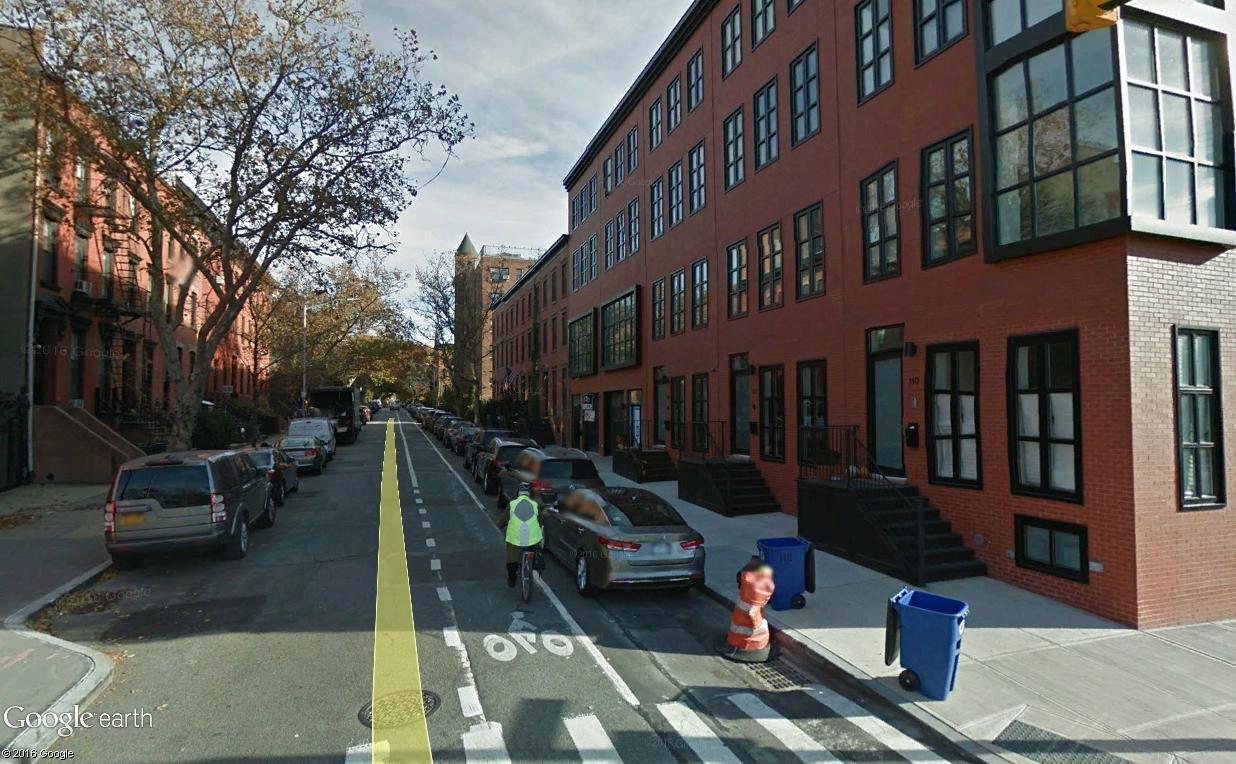 STREET VIEW : 2 sens de circulation = 2 saisons différentes vues de la Google Car ! [A la chasse !] - Page 5 Auttt10