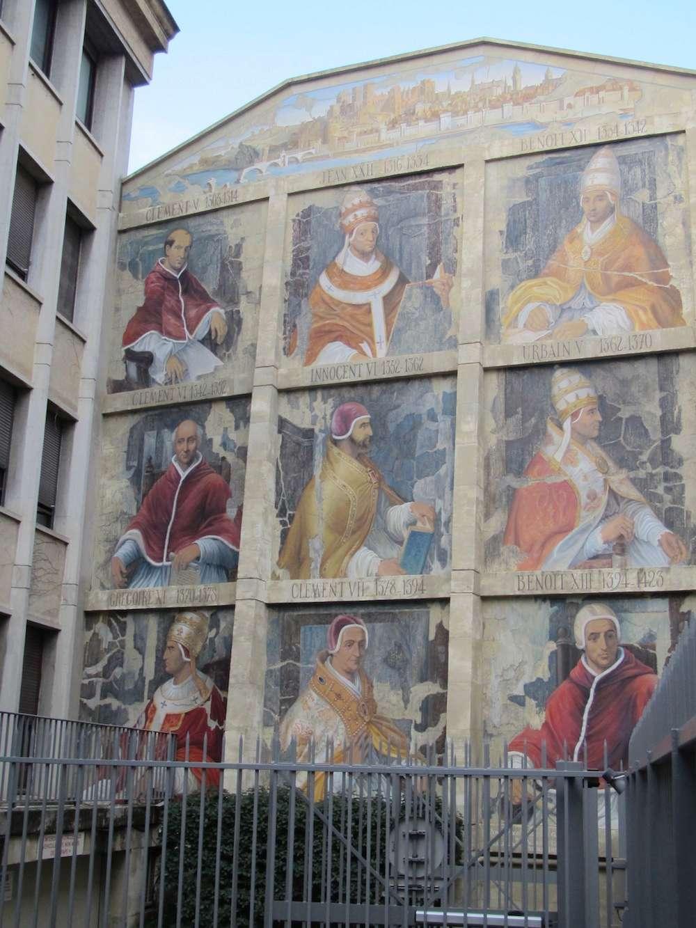STREET VIEW : les fresques murales en France - Page 9 Avigno10