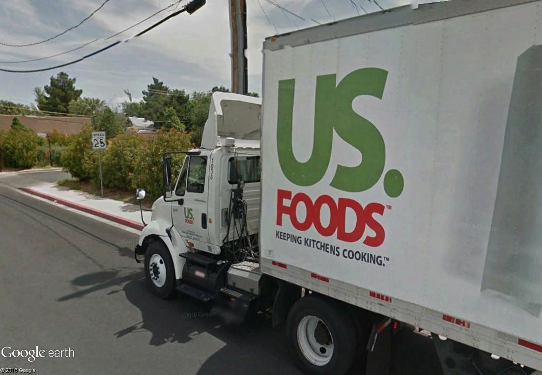 STREET VIEW : un camion où l'on voit ce qu'il se passe dans la remorque Camion12