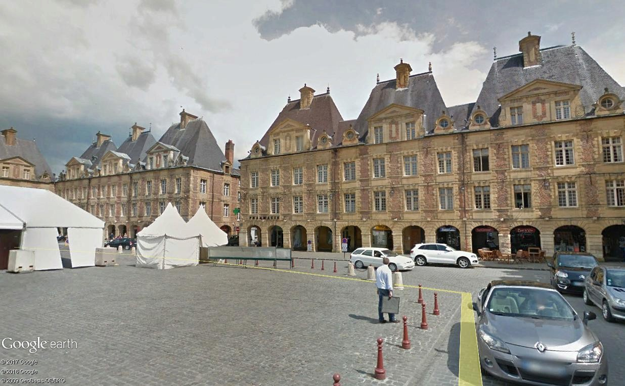 Street View : Places Royales Charle14