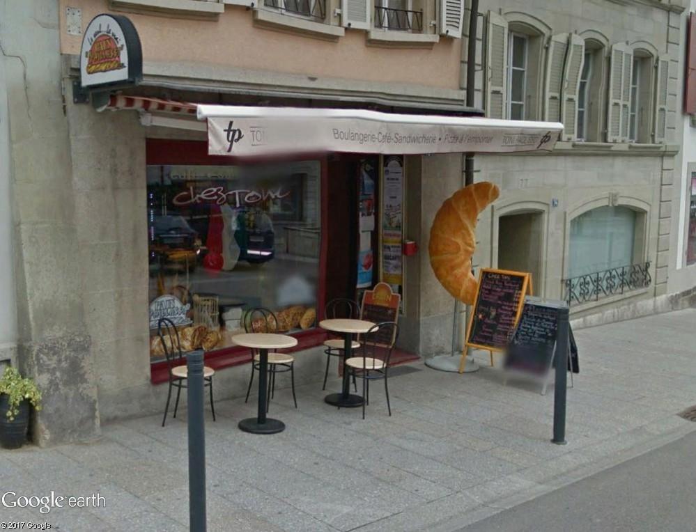 STREET VIEW : les façades de magasins (Monde) - Page 9 Croiss10