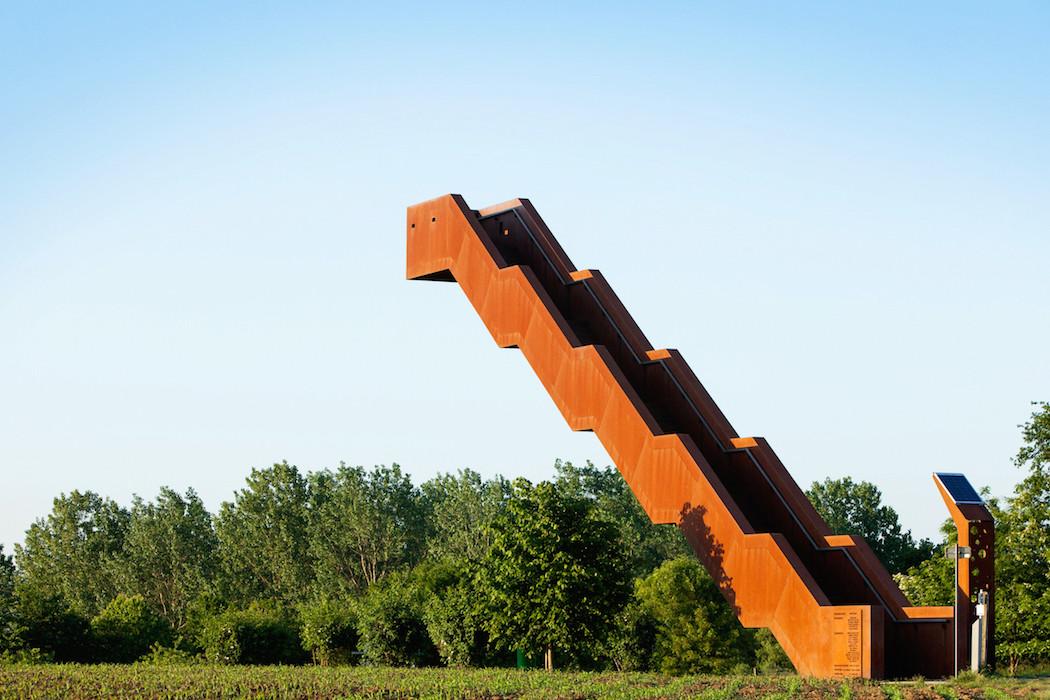 La tour Voolyberg à Tielt-Winge, Belgique Escali10