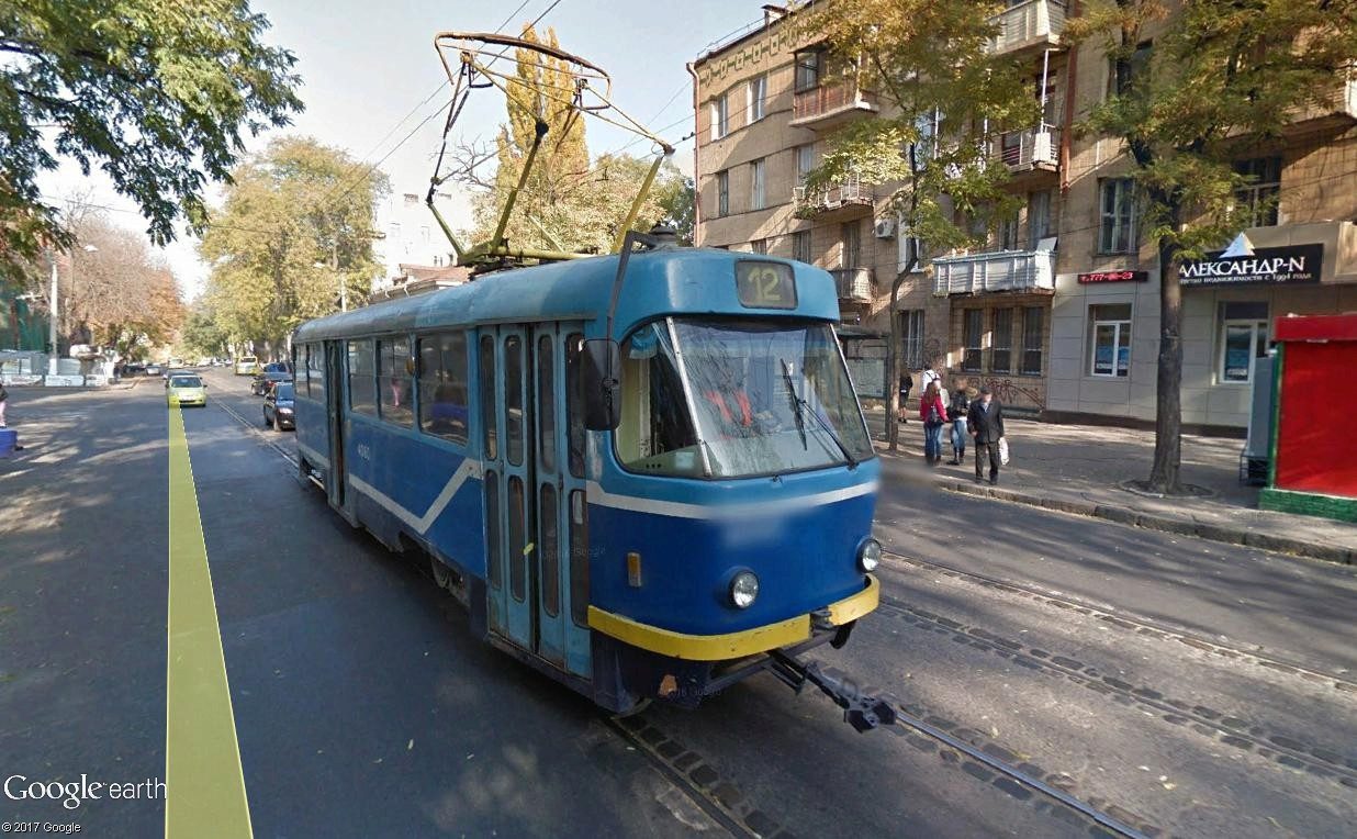 STREET VIEW : les tramways en action - Page 3 Kiev10