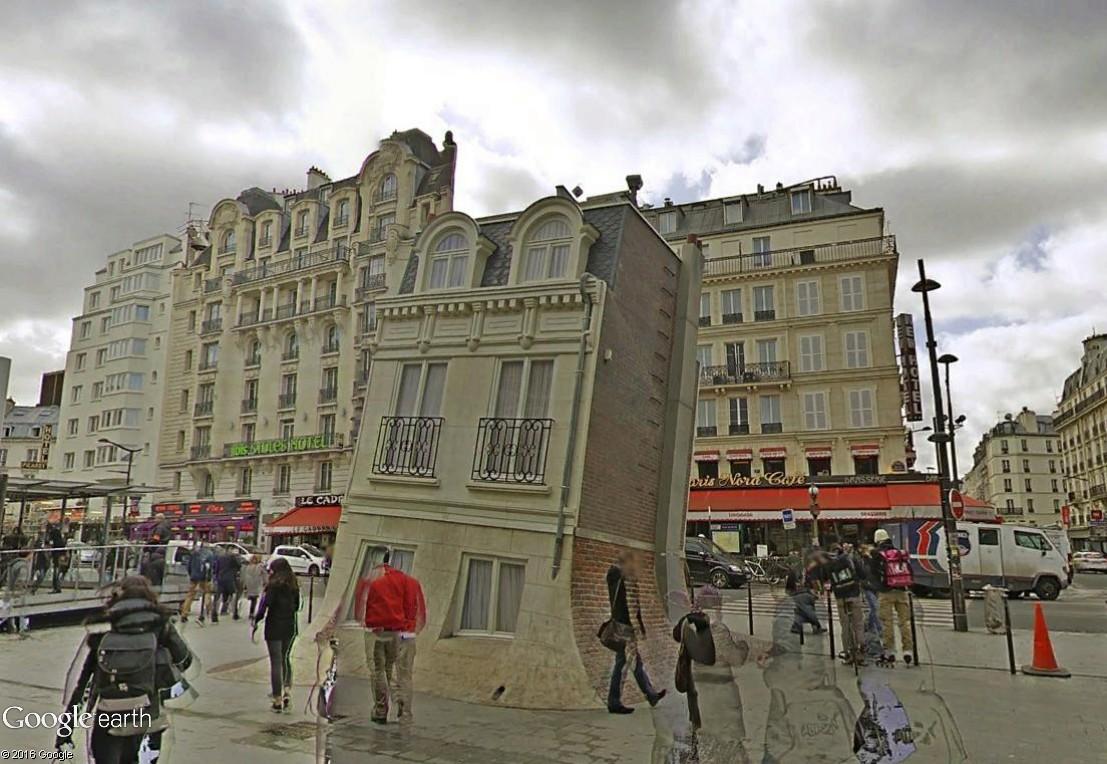"""Les constructions et monuments """"penchés"""" - Page 3 La_mai12"""