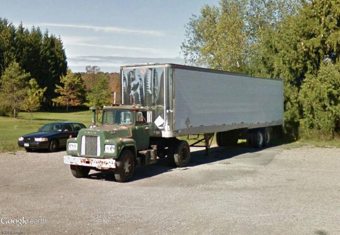 STREET VIEW : les trucks US sous toutes leurs coutures - Page 6 Mack10