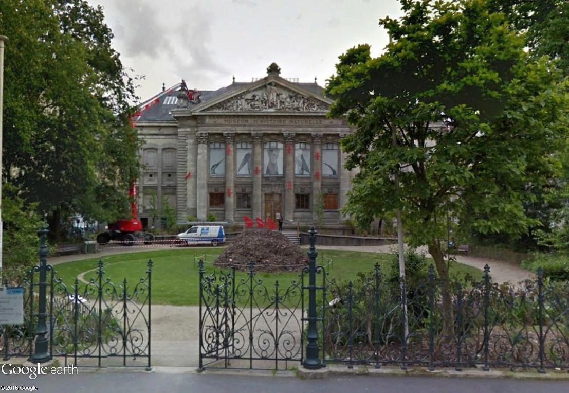 ARCHITECTURE : les frontons racontent une histoire Nantes10