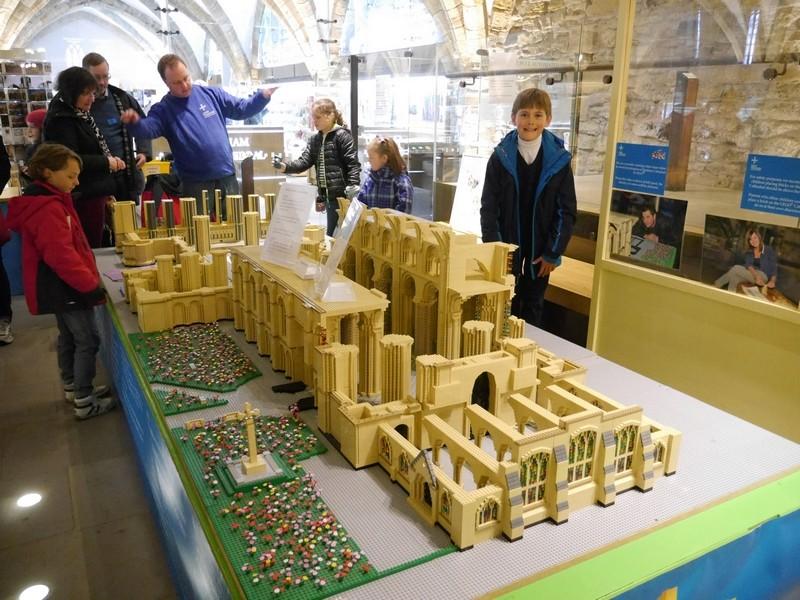 Cathédrale de Durham : un financement astucieux pour la restauration du site P1080910