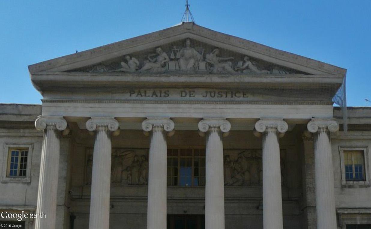ARCHITECTURE : les frontons racontent une histoire - Page 2 Palais14