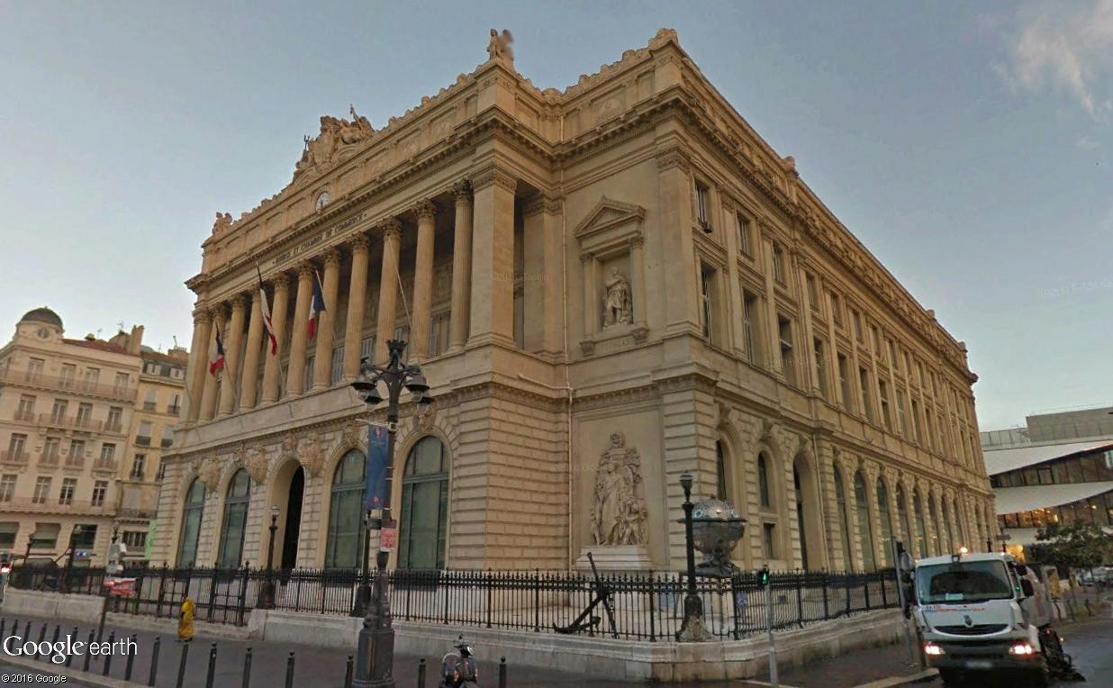 ARCHITECTURE : les frontons racontent une histoire - Page 2 Palais16