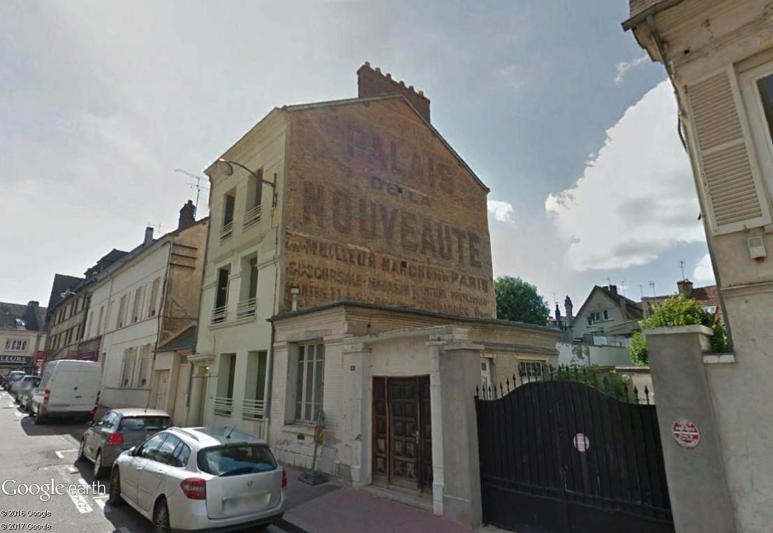 STREET VIEW : Vieilles publicités murales - Page 22 Palais17