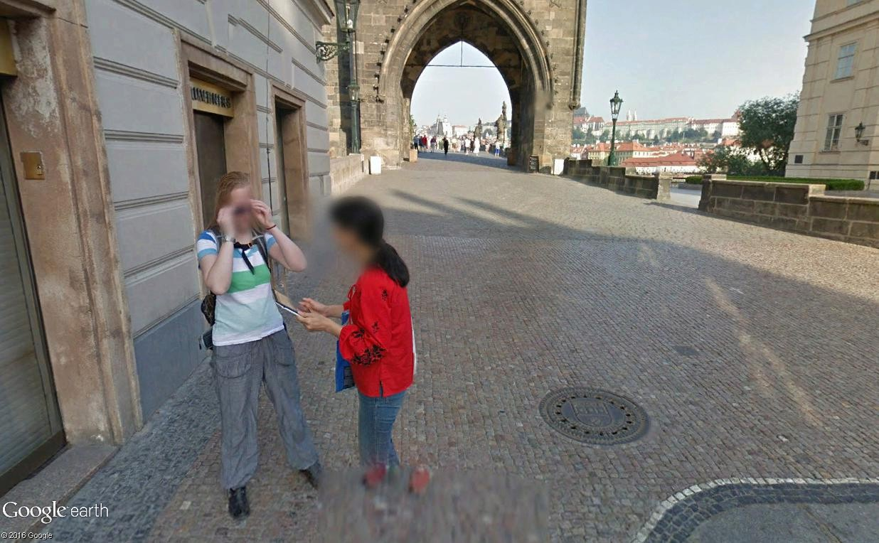 STREET VIEW : photos souvenir - Page 3 Prague15