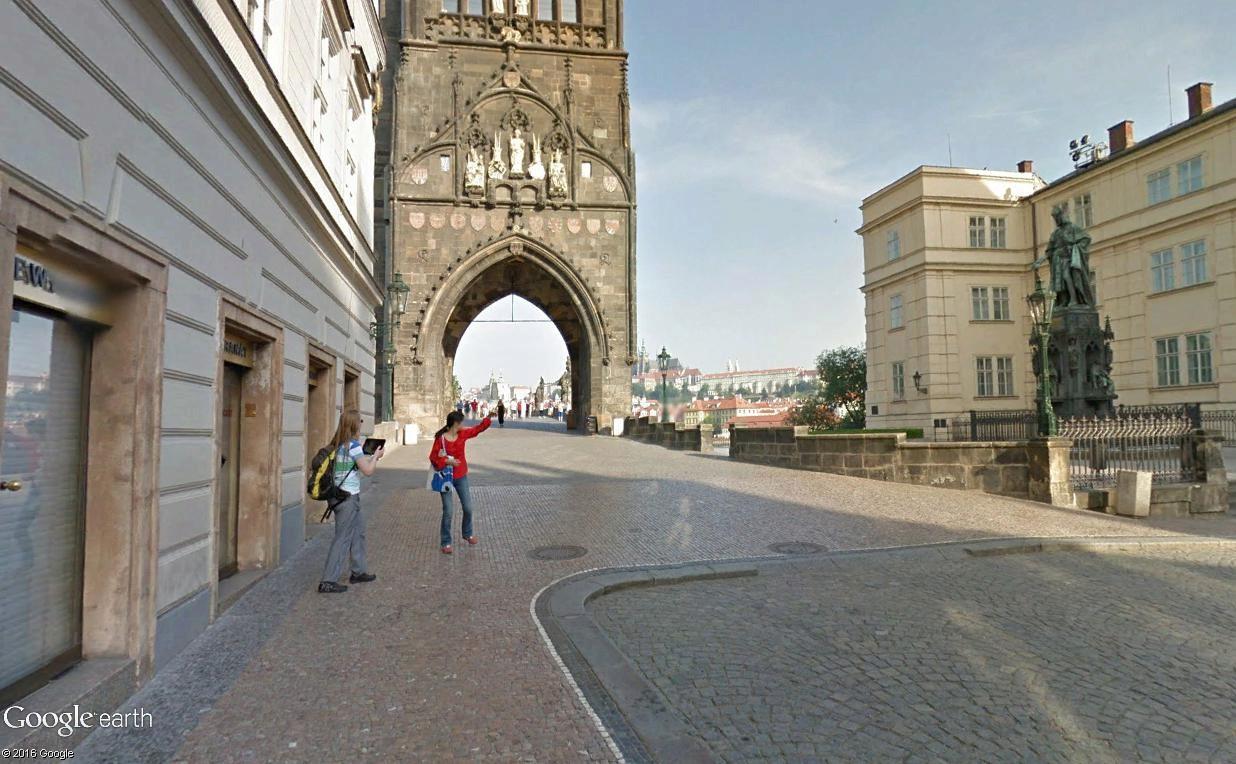 STREET VIEW : photos souvenir - Page 3 Prague17
