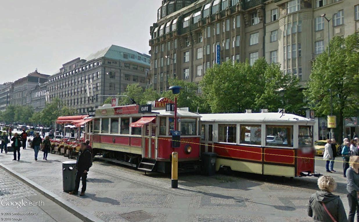 Les wagons-restaurants - Page 2 Prague29