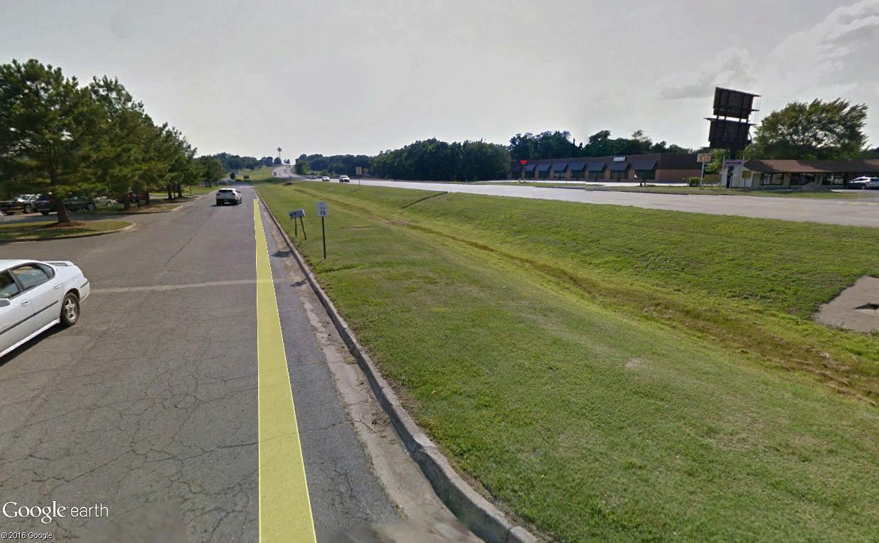 STREET VIEW : 2 sens de circulation = 2 saisons différentes vues de la Google Car ! [A la chasse !] - Page 4 Tahleq10