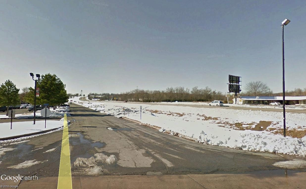 STREET VIEW : 2 sens de circulation = 2 saisons différentes vues de la Google Car ! [A la chasse !] - Page 4 Tahleq11