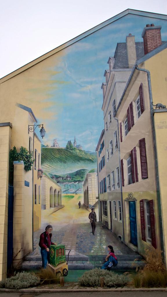 STREET VIEW : les fresques murales en France - Page 9 Toul10