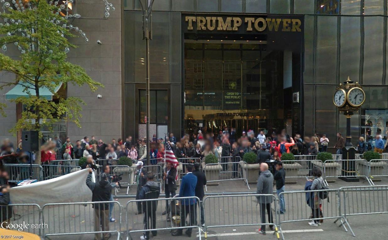 """STREET VIEW: les manifestations dans le Monde vues de la caméra des """"Google Cars"""" - Page 3 Trump11"""