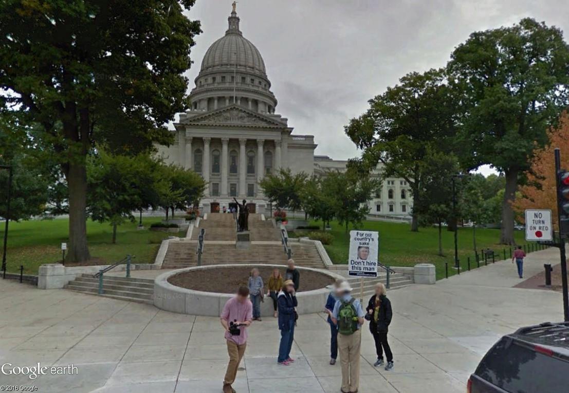 """STREET VIEW: les manifestations dans le Monde vues de la caméra des """"Google Cars"""" - Page 3 Truymp10"""