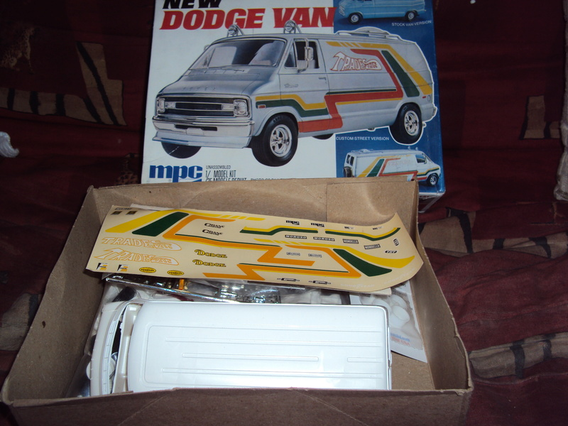 Vends ancien Dodgevan & Olds pro-stock peinte Dsc01818
