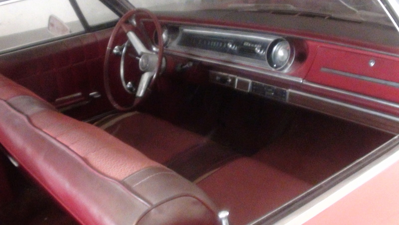 j ai trouve une caisse pour ma fille chevrolet impala 1965 Dsc02120