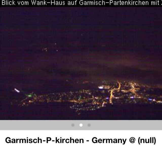 2011: Le 14/01 - Photo ovni triangle en Bavière (Allemagne) 7a3aeb12
