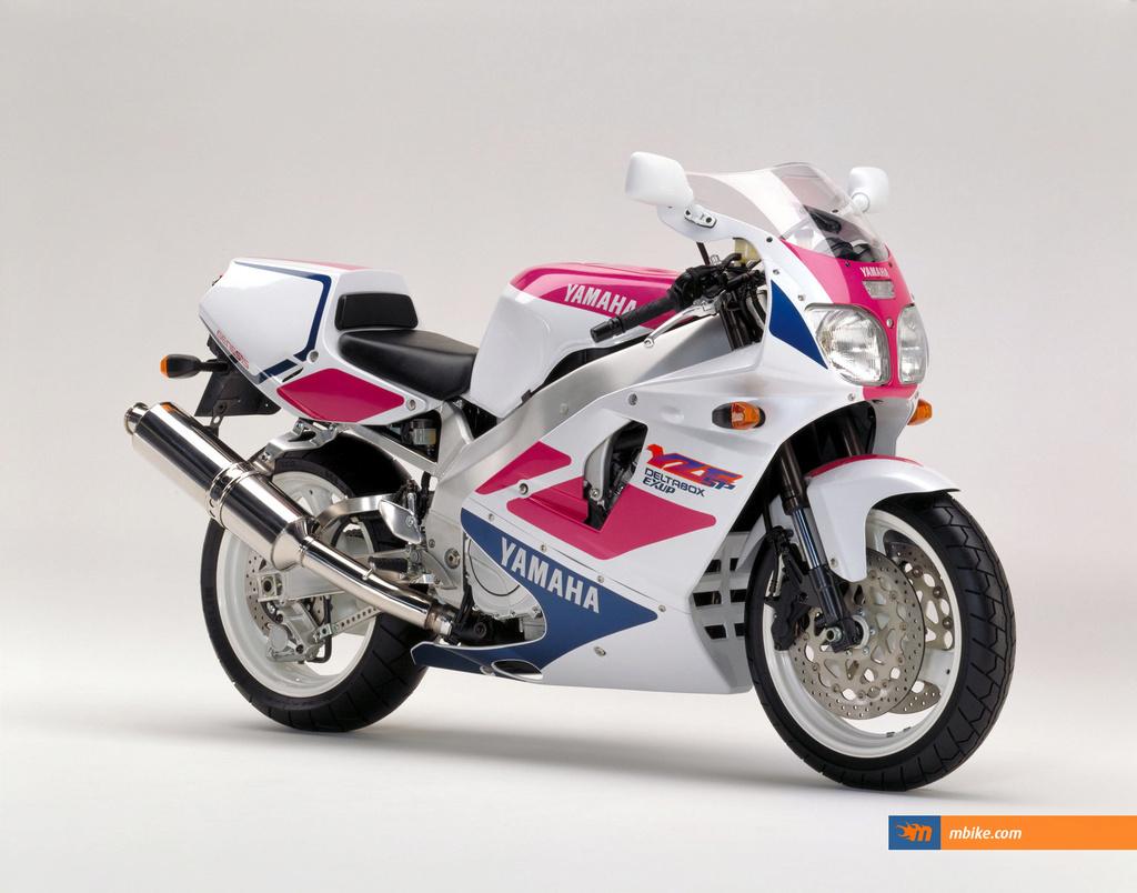 Yamaha 750 YZF  - Page 3 41815610