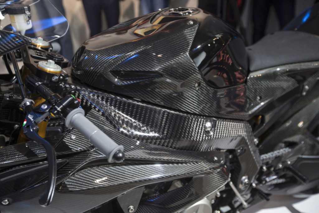 BMW S1000RR , Hp , Hp4 race  - Page 9 Cw101611