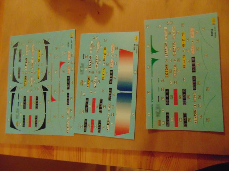 Coffret CITROËN 2CV 3 décoration 1/24ème Réf 80767 Dsc06141