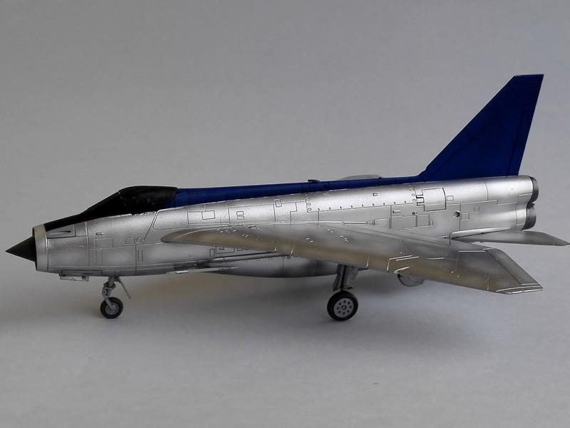 English Electric Lightning F2A (Airfix 1/72) Lightn11