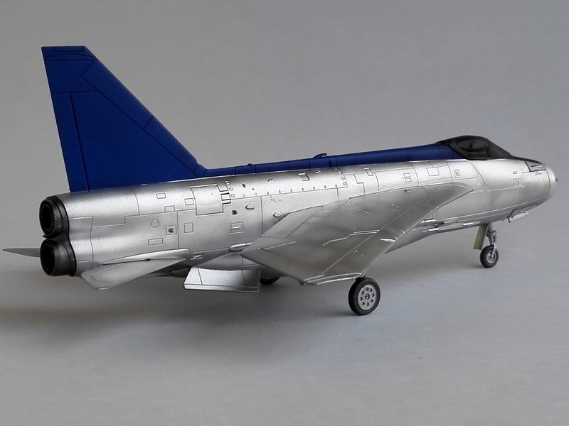 English Electric Lightning F2A (Airfix 1/72) Lightn13