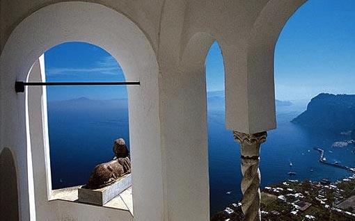 Chapelle royale de Dreux - Page 3 Capri-10