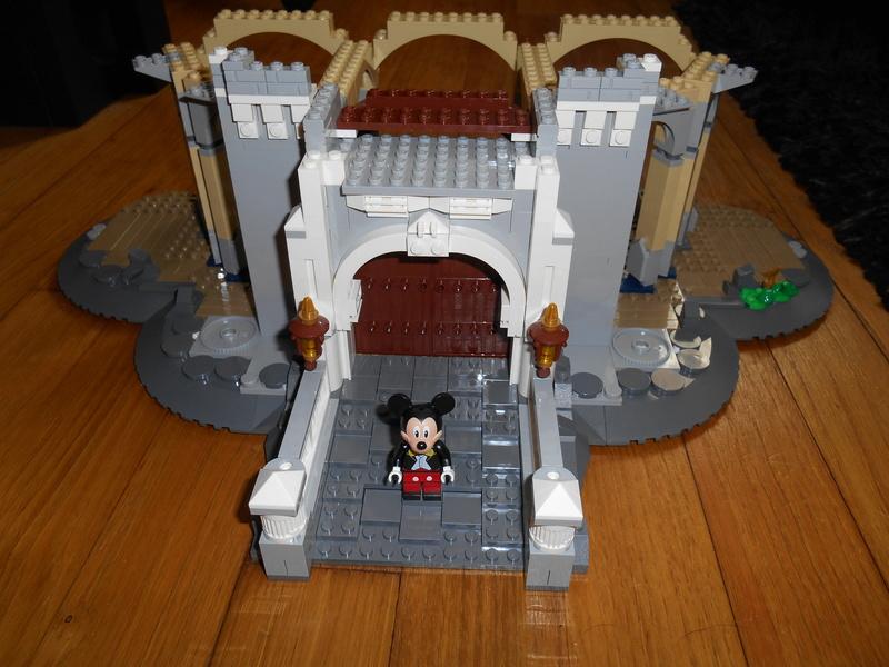 LEGO 71040 Chateau Disney Dscn4016