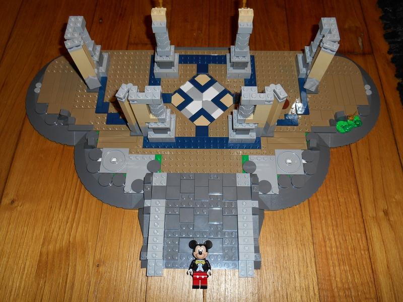 LEGO 71040 Chateau Disney Dscn4017