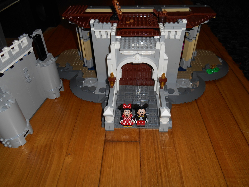 LEGO 71040 Chateau Disney Dscn4022