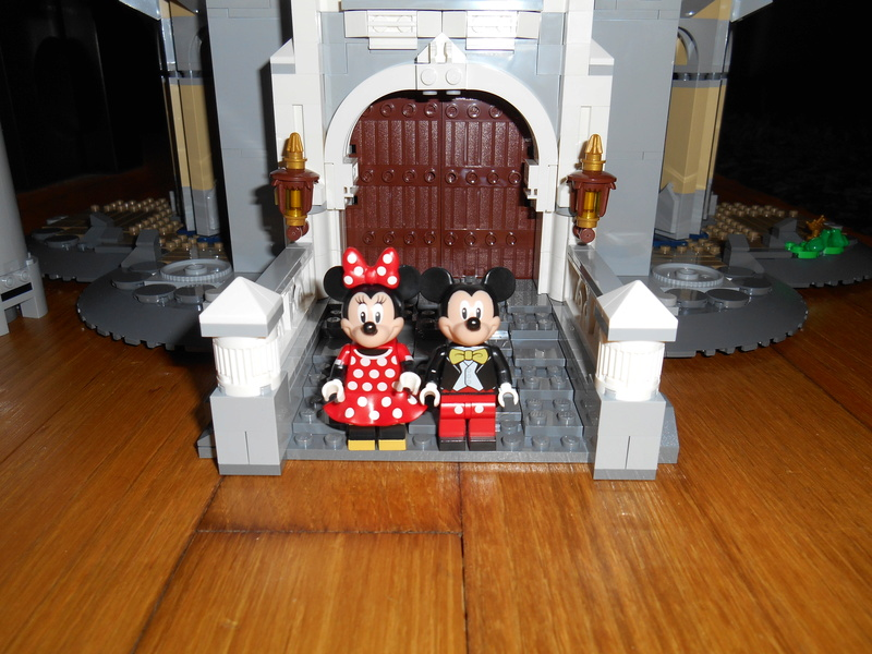 LEGO 71040 Chateau Disney Dscn4023