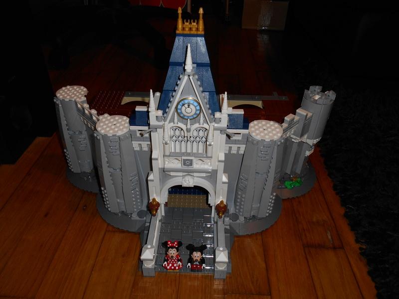 LEGO 71040 Chateau Disney Dscn4027