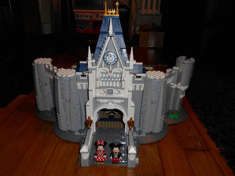 LEGO 71040 Chateau Disney Dscn4028
