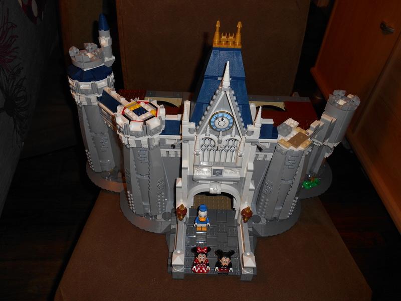LEGO 71040 Chateau Disney Dscn4030