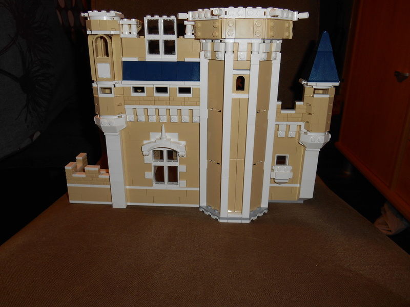 LEGO 71040 Chateau Disney Dscn4113
