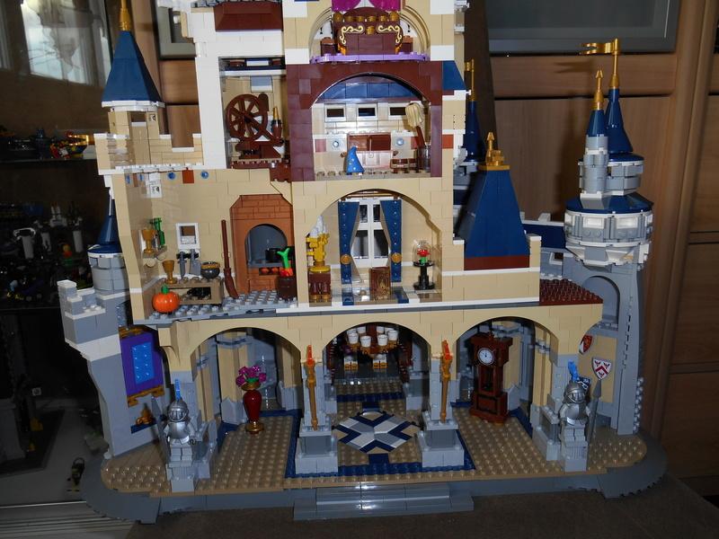 LEGO 71040 Chateau Disney Dscn4124