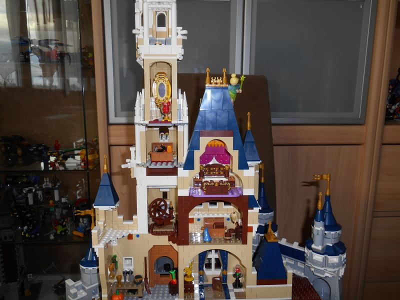 LEGO 71040 Chateau Disney Dscn4126