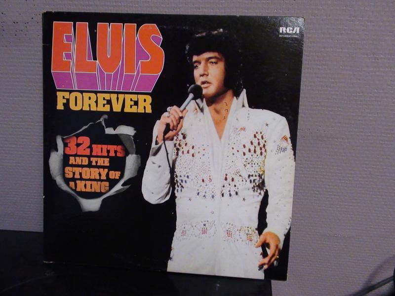 ELVIS PRESLEY...FOREVER Dsc00115